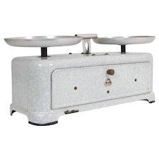 Vintage French 1950's Enamel Balance scales