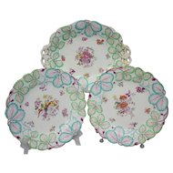 Set of 3 Antique Early English Porcelain Plates with a Molded Leaf Shape and Botanical Pattern