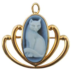 Oval Black And White Onyx Full Body Cat Cameo 14K Gold Pendant Pin