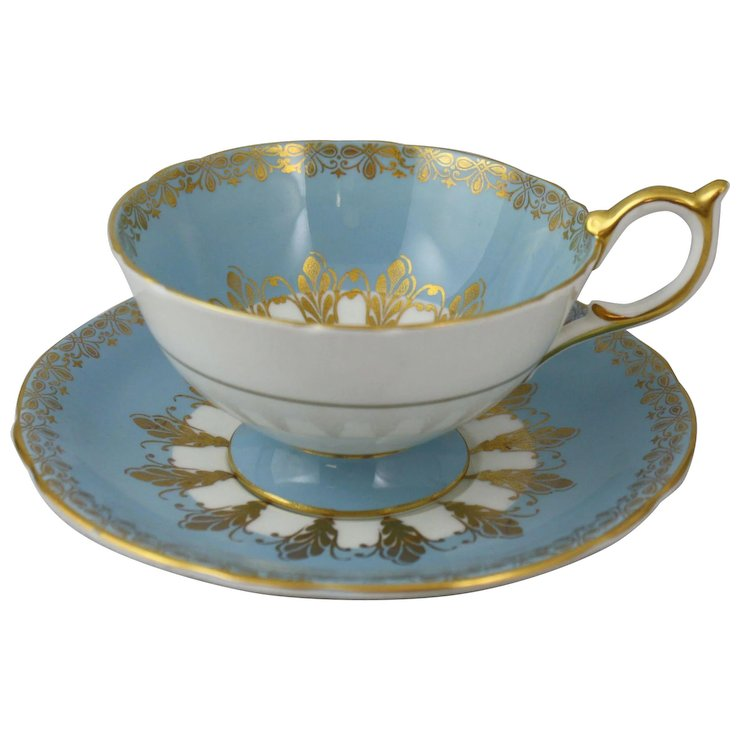 Aynsley England Blue And Gold Bone China Tea Cup Saucer Set