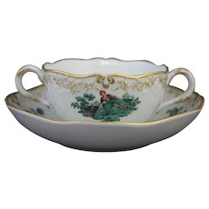 Meissen Green Watteau Courting Scene Soup Bouillon Bowl and Saucer (3 of 4)