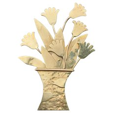 Tellosa Hammered Gold Basket of Flowers Brooch