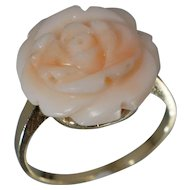 Angel Skin Carved Coral 14K Yellow Gold Flower Ring Sz 6.25