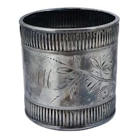 Aesthetic Woods & Hughes Victorian Coin Silver Floral Napkin Ring Sterling Leaf