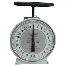 1950s Vintage Mercantile Hanson Scale - MADE IN THE USA