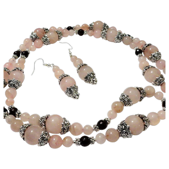 JFTS' Rose Quartz & Garnet Long Necklace & Earrings Set