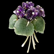 An Art & Crafts Period Suffragette Flower Spray Brooch Pin of Carved Amethyst, Diamond, Jade, Nephrite