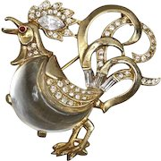 A Vintage 1949 Alfred Phillipe Trifari Fairyland Rooster Cockerel Jelly Belly Brooch Pin