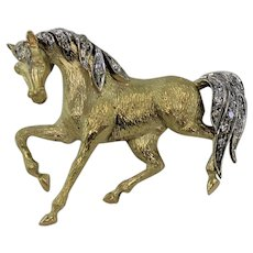 Lively Horse Brooch, 18Kt White and Yellow Gold with Diamonds