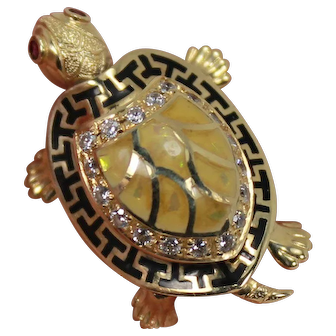Articulating Turtle, with Baby Surprise. 14 Kt YG