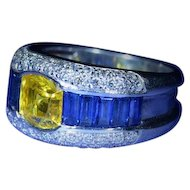 Outstanding Vintage 2.09 carat Yellow Sapphire Ring set with Blue Sapphire & Diamonds