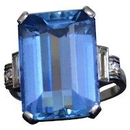 Art Deco Santa Maria Aquamarine Ring in Platinum with Side Baguette Diamonds