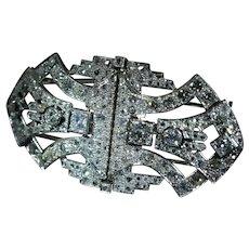 Platinum Double Clip Brooch Set with 6 Carat of Diamonds