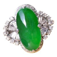 Outstanding Signed Imperial A  Fei Cui Jadeite Jade Ring in Platinum set with Diamonds