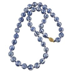 Chinese Export Blue and White Porcelaine Bead Necklace