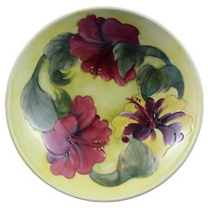 Moorcroft Footed Bowl Yellow/Green Clematis Pattern 1950s