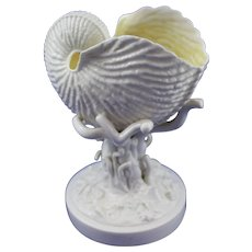 Belleek 1st Period (1863/1891) Nautilus on Coral - Rare Item in Great Condition