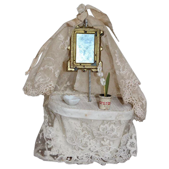 Gorgeous Dressing Table With Framed Mirror and Lace