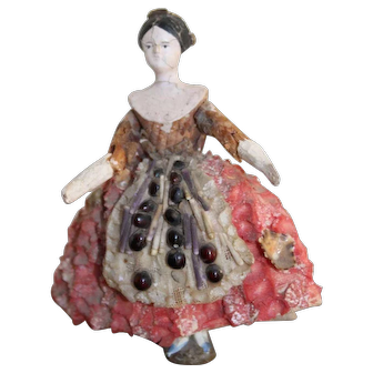 Wonderful Grodnertal Shell Doll