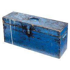 Early 20th century Swedish pine painted tool box