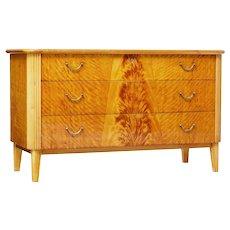 20th century Art Deco Scandinavian birch chest of drawers