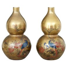 Pair of 1920's Chinese Republic hand decorated porcelain vases