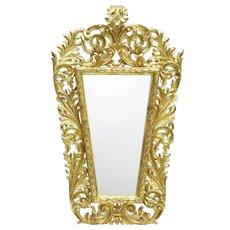 18th century carved Italian gilt wood mirror