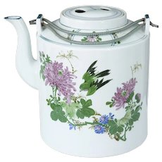 1920's Chinese porcelain teapot