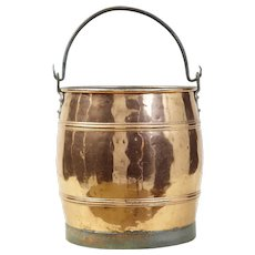 Late 19th century arts and crafts Scandinavian copper bucket