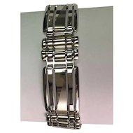 10 k White Gold Brushed & High Polished Hinged Bracelet.