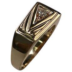 14 K Yellow Gold Diamond Gents Ring
