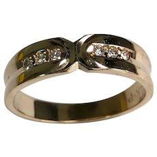 14 K Yellow Gold 6 Diamond Unisex Wedding Band