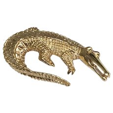 14 K Yellow Gold 3 Dimensional Alligator Brooch
