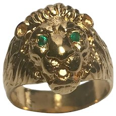 18 K Yellow Gold 3 Dimensional Emerald Lions Head Ring