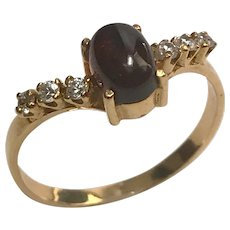 18 K yellow Gold 1.06 Ruby Cabochon & diamond Ring