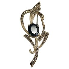 Sterling Silver 2.80 Carat Onyx & Marcasite Brooch.