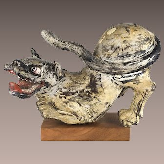 Antique Japanese Tiger Wood Carved Statue from Nanbokucho/Muromachi Period, 14th-16th Century