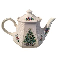 Christmas Tea Pot