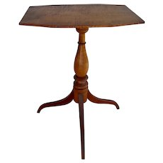 19th Century New England Federal Tilt-Top Tripod Table.