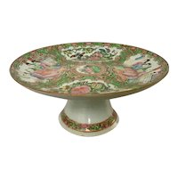 19th Century Chinese Export Rose Medallion Tazza