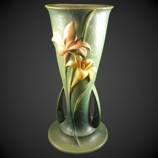 Roseville Pottery Zephyr Lilly #139-12