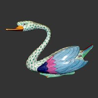 Herend Porcelain Swan Figure Green Fishnet With Gold Trim #5194