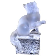 Lalique Crystal France Happy Cat Figure 11680 with Original Box