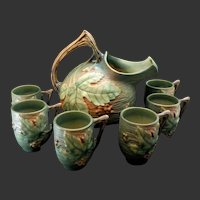 """Roseville Bushberry Cider Set Pitcher and Six Mugs Green with Orange Berries #1325 & #1-3 1/2"""""""