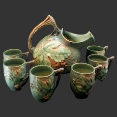 Roseville Bushberry Cider Set Pitcher and Six Mugs Green with Orange Berries #1325 & #1-3 1/2""