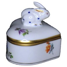 Herend Heart Shaped Trinket Box with Rabbit-6112/MF