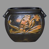 Roseville Pottery Rosecraft Panel Pattern Trumpet Blossom Pillow Vase