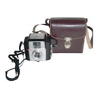 Vintage Collectible 1957-62 | USA Kodak Brownie Starlet Camera w/ original Carrying Leather Case