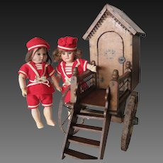 display for doll or bebe : Bath-House circa 1900
