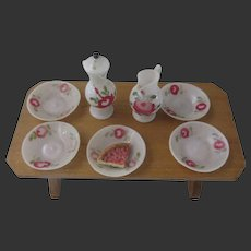 table + fine glass service for a Dollhouse 8 pieces